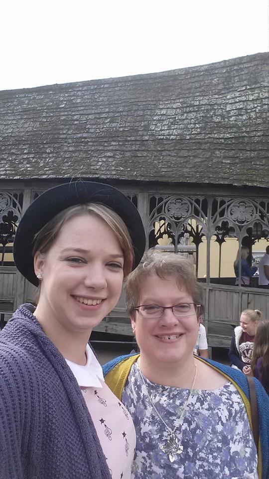 Lynny and I Hogwarts 1